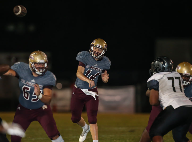 Quarterback Austin Reed, Austin Reed football, St. Augustine High School football, St. Augustine High School Yellow Jackets, SAHS Jacket football, SAHS Jackets, Englewood High School Football, Englewood Rams